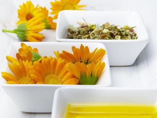 świeże kwiaty do pielęgnacji skóry